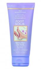 Скраб для ног «Beyond Perfect SPA Pedicure Foot Scrub»,  Sally Hansen.