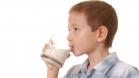 Молоко детям