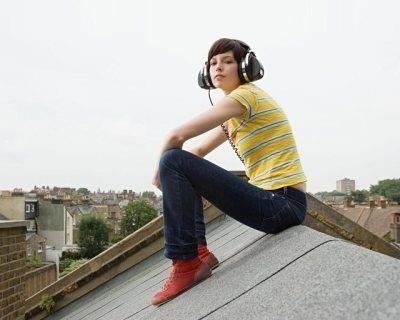 Подростки теряют слух из-за плееров?